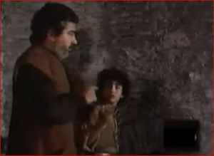 El herrero lleva a Casimiro al convento para sacar a Leoneta.