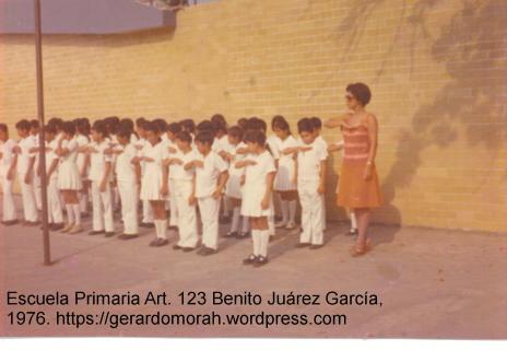 Honores a la Bandera Mexicana, lunes, escuela primaria Art. 123 Benito Juárez Garcìa, Agua Dulce, Ver.